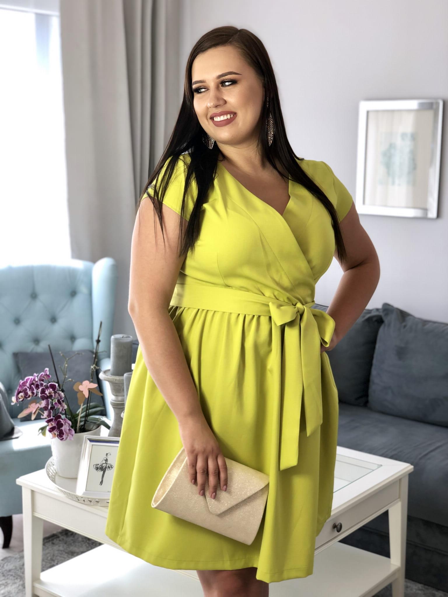 7b4122ec2c9c02 Olma Sukienka Rozkloszowana z Paskiem Limonka Sukienka XXL Plus Size Duży  Rozmiar. IMG_1055.jpg. nowość. IMG_1055.jpg; IMG_1039.jpg; IMG_1044.jpg ...